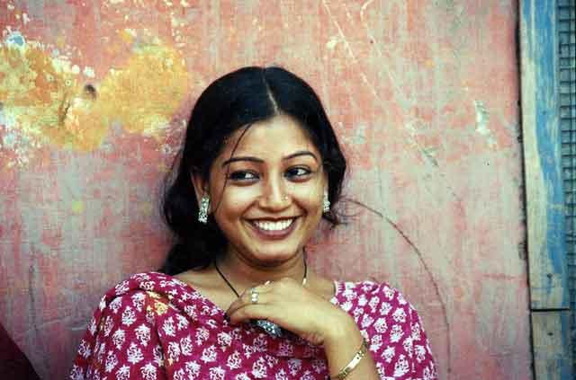 woman smiling trueself aesthetic makeovers